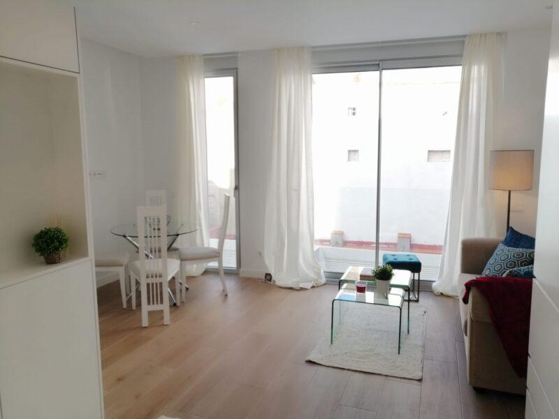 2 small show flats Madrid